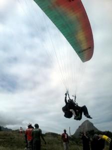 quadriplegic-paragliding-03