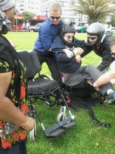 quadriplegic-paragliding-05